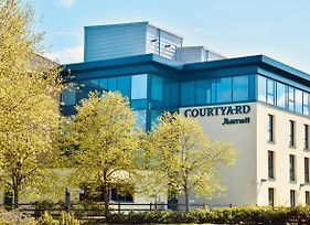 Courtyard By Marriott Glasgow Airport photos Exterior