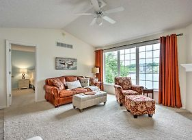 Waterfront Townhome With Dock And Lake Views! photos Exterior