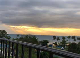 Stunning Sunset View, Walking Distance To Private Beach photos Exterior