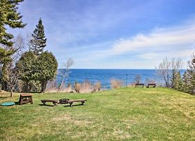 Lake Superior Beachfront Home 15 Mi To Duluth photos Exterior