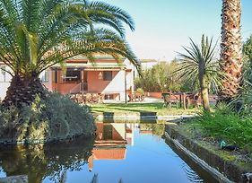 Stunning Home In Livorno W/ Wifi And 5 Bedrooms photos Exterior