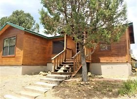 Honey Bear Cabin photos Exterior