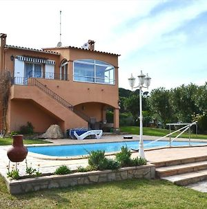 Begur Villa Sleeps 8 With Pool photos Exterior