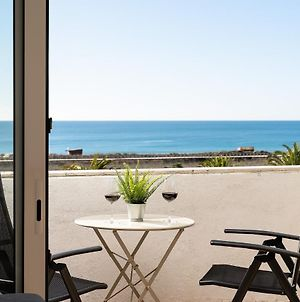 Beachfront Relax Home By Real Life Concierge photos Exterior