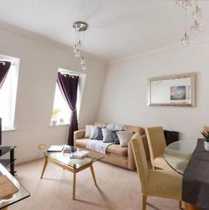 2 Bed Serviced Apt In Mayfair photos Exterior