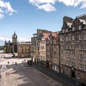 Spacious Royal Mile 2 Br-1Ba, Castle In 2 Min - Great Views! By Bonjour Residences Edinburgh photos Exterior