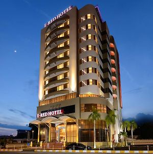 E-Red Hotel Kuantan photos Exterior
