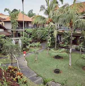 Outpost Ubud Coliving Suites photos Exterior