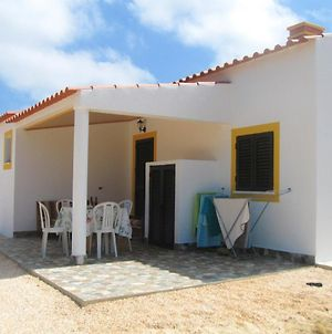 House With 4 Bedrooms In Aljezur With Furnished Terrace And Wifi 4 Km From The Beach photos Exterior