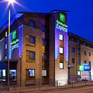 Holiday Inn Express Hemel Hempstead photos Exterior