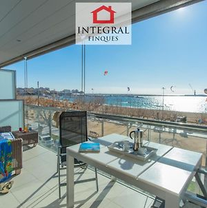 Palamos Beachfront Apartment photos Exterior