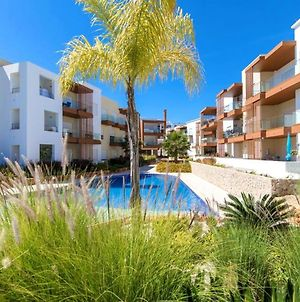 Apartment With 2 Bedrooms In Portimao With Shared Pool Terrace And Wifi 5 Km From The Beach photos Exterior