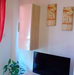 Apartment With 2 Bedrooms In Zadar With Wonderful Sea View Enclosed Garden And Wifi 3 Km From The Beach photos Exterior