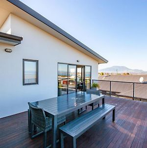 Brentwood Views - Taupo Holiday Home photos Exterior