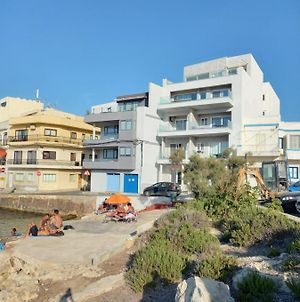 No56 Tower View Water'S Edge Apartment Unbeatable For Closeness To The Sea Only 10 Meters Away From Sea Also Ideal For Winter As It Is Air Conditioned & Heated & Suitable For Hikers & People Who Enjoy Seeing Seascapes In Winter Winner Of 3 Annual Aw photos Exterior