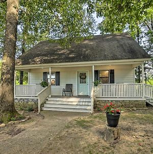 Broken Bow Cottage Less Than 20 Mi To Beavers Bend! photos Exterior