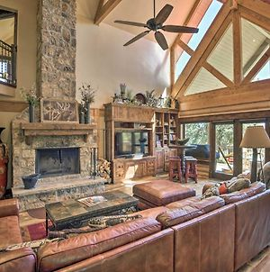 High-End Cabin Living With Hot Tub And Fire Pit! photos Exterior