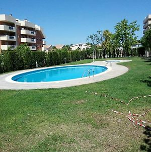 Apartment With 4 Bedrooms In Salou With Shared Pool And Wifi photos Exterior