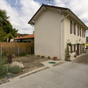 Pretty Holiday Home In Dax With Garden photos Exterior