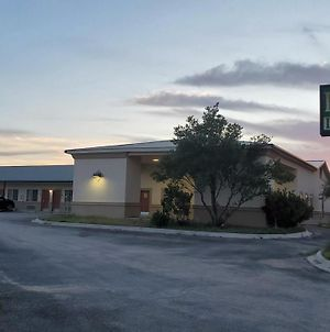 La Bonita Inn & Suites - Mccamey photos Exterior
