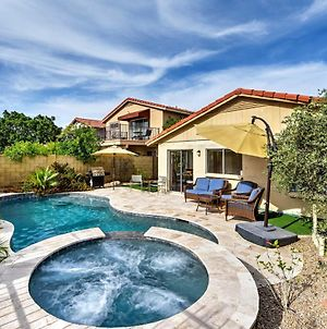 Home With Pool, Putting Green & South Mtn Park Views! photos Exterior