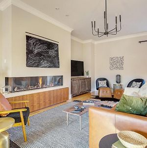 Luxe Family Getaway Pool Table & Arcade Sleeps 12 photos Exterior