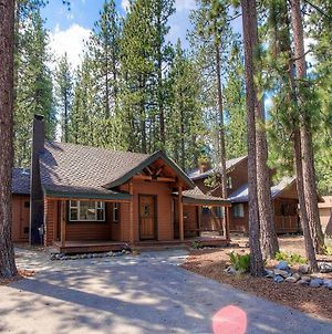 Breezy Pines Cabin By Lake Tahoe Accommodations photos Exterior