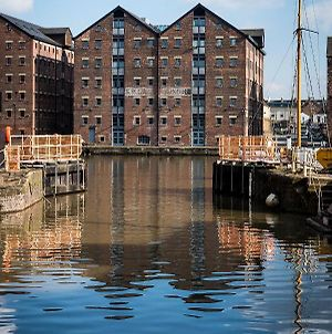 Fabulous 2 Bedroom, 2 Bathroom Executive Apartment Close To Gloucester Docks photos Exterior