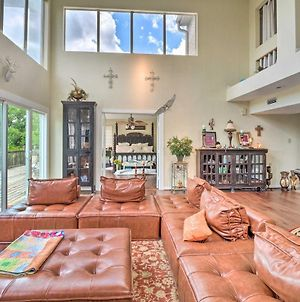 Waterfront Lake Travis Luxury Home With Large Deck! photos Exterior