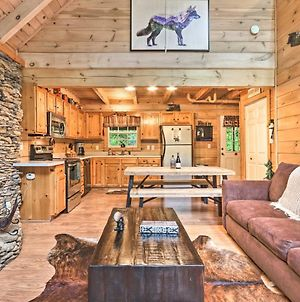 Gatlinburg Cabin In The Woods With Hot Tub, Fire Pit photos Exterior
