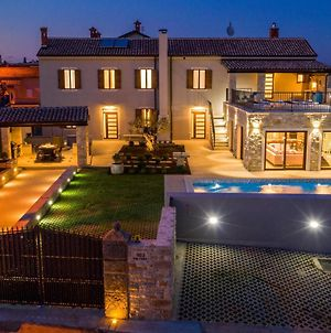 Awesome Home In Valtura W/ Wifi, Outdoor Swimming Pool And Heated Swimming Pool photos Exterior