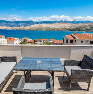 Awesome Apartment In Pag W/ Wifi And 1 Bedrooms photos Exterior