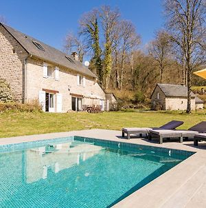 Fantastic Holiday Home In Veix Limousin With Private Pool photos Exterior