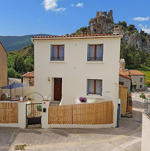 Quaint Holiday Home In Languedoc-Roussillon With Garden photos Room