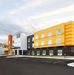 Fairfield Inn & Suites By Marriott Salina photos Exterior
