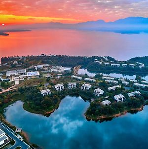Lushan West Sea Resort, Curio Collection By Hilton photos Exterior