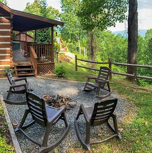 Karolina Cabin Hot Tub And Amazing Smoky Mtn Views! photos Exterior
