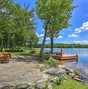 Dog-Friendly Cottage With Lush Yard And Dock! photos Exterior