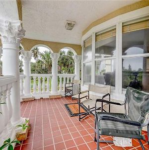 Castle By The Sea, 7 Bedroom, Ocean View, Putting Green, Tiki Bar, Sleeps 17 photos Exterior