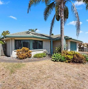 Palm Tree Haven - Papamoa Holiday Home photos Exterior