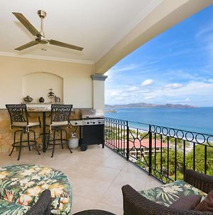 Luxury 2 Bedroom Condo With Ocean View - Few Steps From Beach photos Exterior