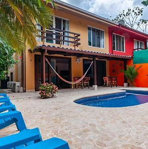 Nicely Priced Duplex In Surfside With Private Pool And Ac In Every Room photos Exterior