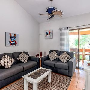 Bromelia 6 - 2 Bedroom Condo Just 2 Blocks From Beach And Town photos Exterior