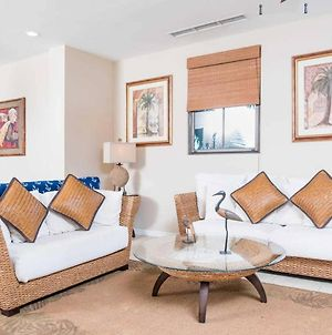 Dazzling End Unit In Coco With Extra Windows And Lots Of Light Sleeps 8 photos Exterior