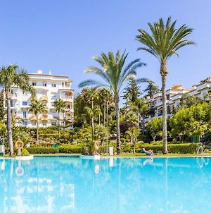 Apartment With 2 Bedrooms In Marbella With Shared Pool Furnished Terrace And Wifi 300 M From The Beach photos Exterior