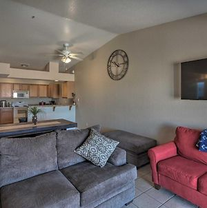 Pet-Friendly Lake Havasu Home With Spacious Yard photos Exterior