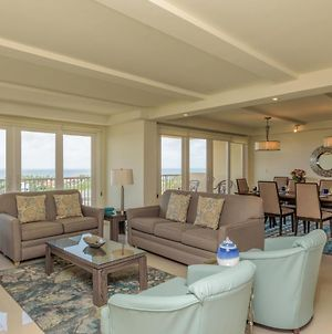 Enjoy A Perfect Bayview! Beachfront Resort With Shared Pools And Jacuzzi photos Exterior