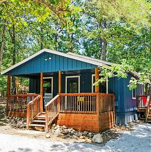 'Paddles Up' Broken Bow Getaway W/ Hot Tub! photos Exterior