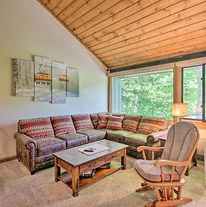 Cozy Loon Condo With Mountain View & Amenities! photos Exterior