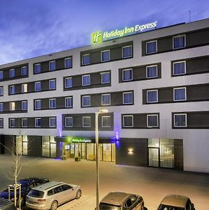 Holiday Inn Express Friedrichshafen photos Exterior